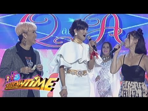 Its Showtime Miss Q & A: Wit Lang!