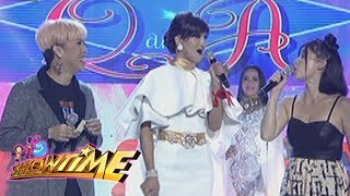 It's Showtime Miss Q & A: Wit Lang!