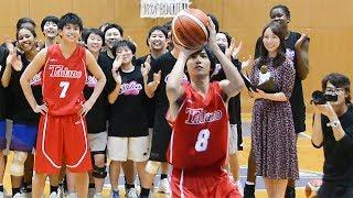 俳優の志尊淳さんと鈴木勝大さんが、バスケ部員らとフリースロー対決 名古屋市の桜花学園高校