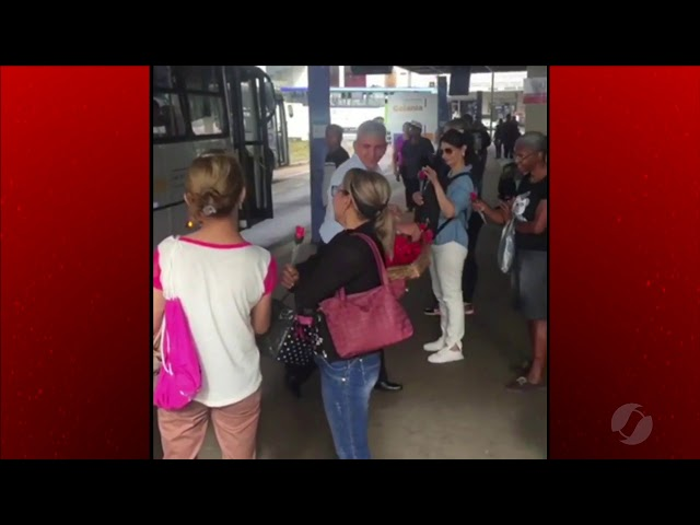 JMD (08/03/19) - Motorista do transporte coletivo faz homenagem ao Dia da Mulher