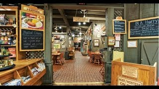 Cracker Barrel Restaurant: Famous American Country Eatery