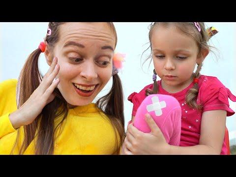 The Boo Boo Song   Nursery Rhymes & Kids Songs