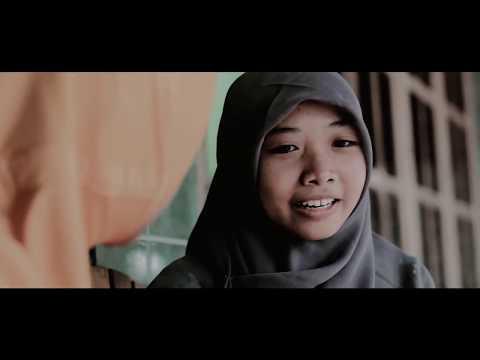 film B. Jawa