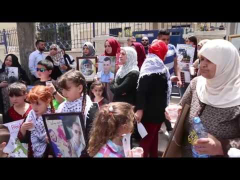 إضراب في القدس تضامنا مع الأسرى المضربين  - 16:21-2017 / 4 / 27