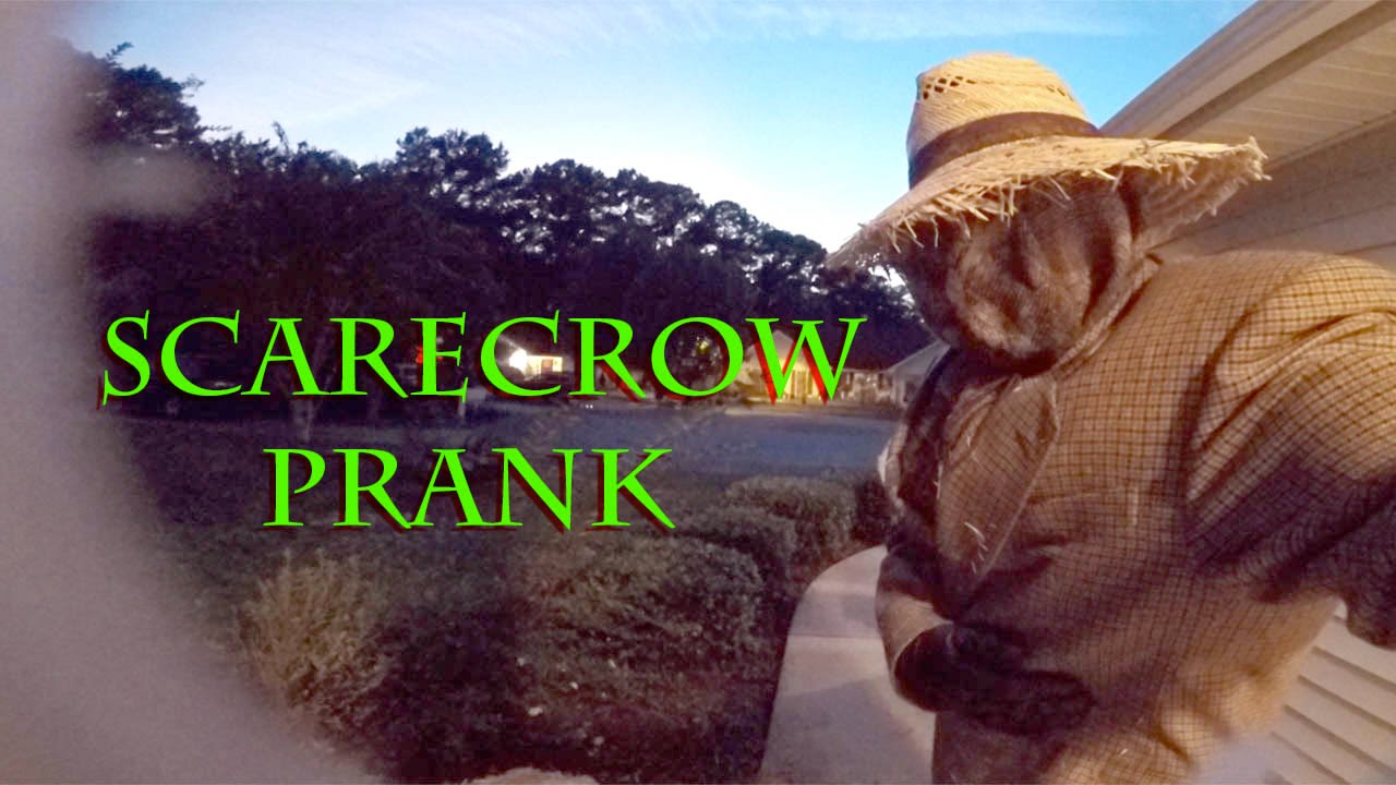 funny halloween prank scarecrow - Funny Halloween Prank
