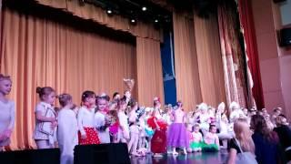 Показательное выступление юных балерин на открытии либретто имени Кузнецова. 2016