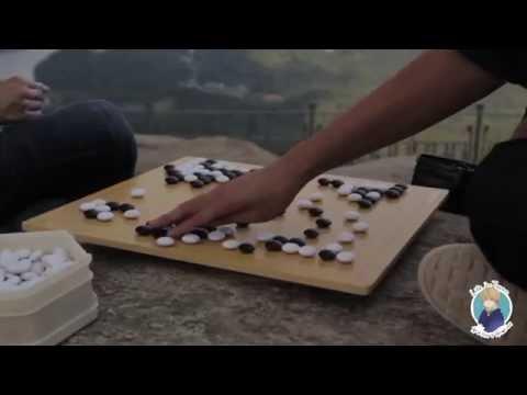 Япония. Игра Го. Битва белых и черных камней
