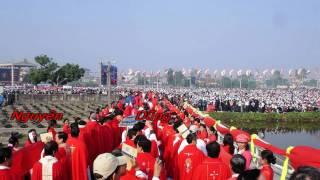 Chào Mừng Hai Thánh Tông Đồ - Nguyên Dũng http://www.baicamoi.com