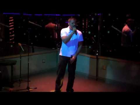 "Lizard Lounge Long Island Karaoke Sean ""i'll be""  Edwin McCain"