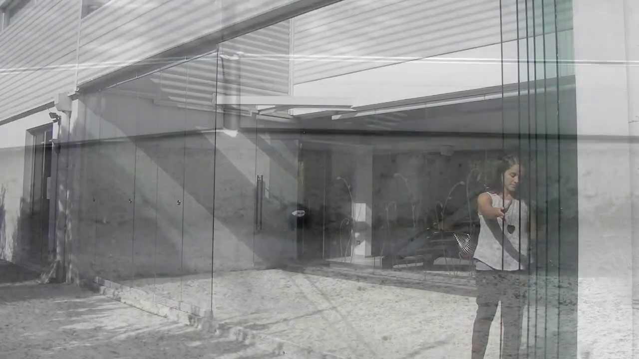 Tauro vd sistema oculto para puertas plegables de vidrio - Puertas de acordeon ...