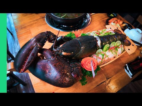 GIANT LOBSTER FEAST!  (Lobster Tail Sashimi + Lobster Blood Soup???)