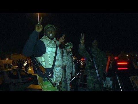 Libya: Islamist fighters are pushed back in Benghazi