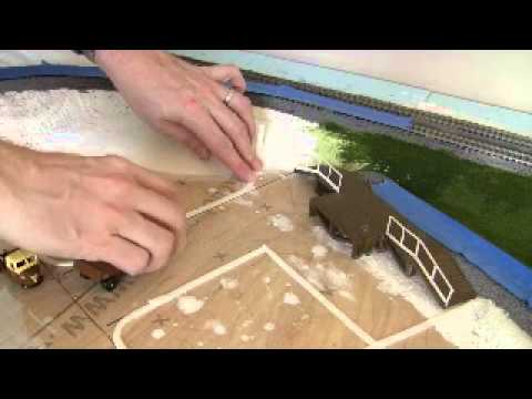 Making roads – part 1 of 2 (OO gauge GWR layout update)