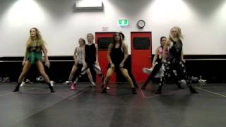 money make her smile - Bruno Mars Mash Class Choreo