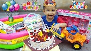 [9.20 MB] Tiệc Sinh Nhật Của Baby Ken, Siêu Nhân Nhí Mở Quà Tặng Bất Ngờ, Birthday Party Surprise Gift