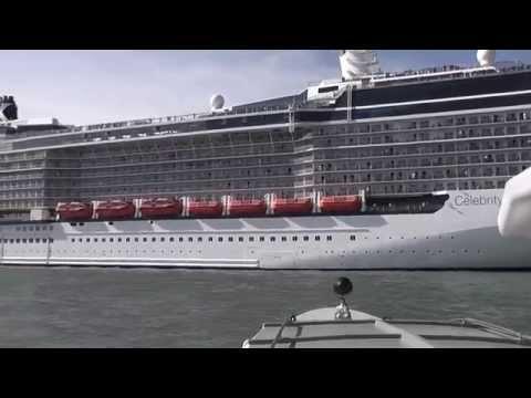 Big ships in Venice
