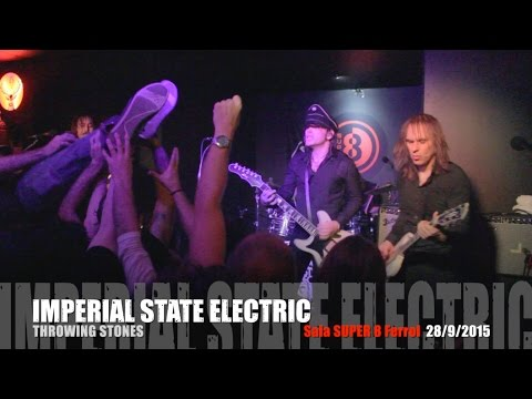Imperial state electric throwing stones sala super 8 for Sala super 8 ferrol