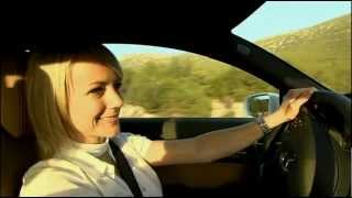 Mercedes-Benz Road Girl - E500 Coupe Fascination