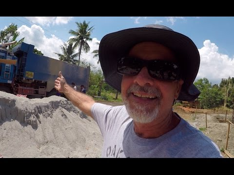 VILLA FELIZ - EPISODE 30: WHO SAID YOU CAN NEVER HAVE ENOUGH COCONUTS? (House Building Philippines)