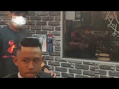 Potong Rambut Pria Fade