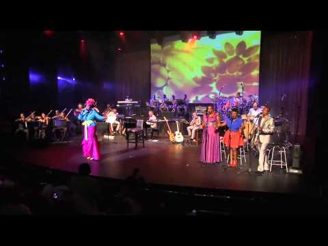 Judith Sephuma - Mme Motswadi Official Live Performance Video
