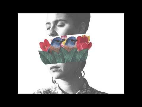 Te Guardo - Silvana Estrada (Lyrics Video)