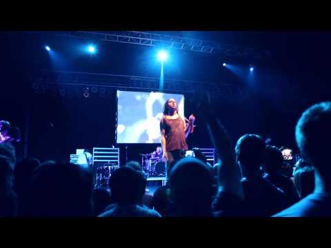 Underoath - Paper Lung (LIVE HQ) mp3