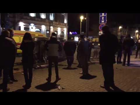 Ночное ДТП на Республики - Первомайской в Тюмени. Последствия