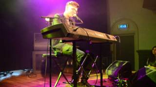 09 Kevin Garrett - Pray You Catch Me Live - Paradiso 18 May 2016 (Amsterdam)
