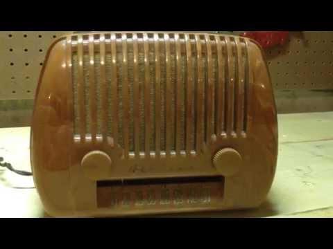 1951 Vintage Portable Airline Radio, Model 05GSE-1066