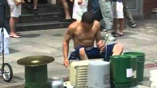 Amazing Drummer Jalanan