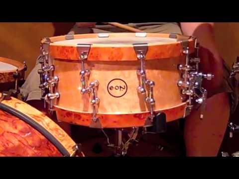 Eon Custom Snare Drum Bird's Eye Maple w Pimento Burl Hoops