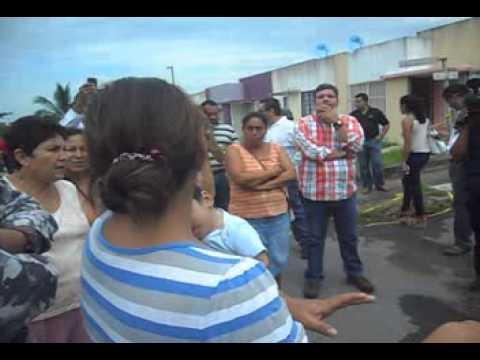 HUNDIMIENTOS EN COLINAS DE SANTA FE VERACRUZ