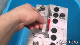 видео Зарядка аккумулятора автомобиля в домашних условиях