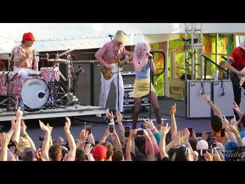 6/17 Paramore - Decode @ Parahoy (Show #2) 4/08/18