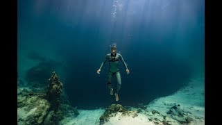 Come for an 80 meter (260 feet) freedive down Dean's Blue Hole!