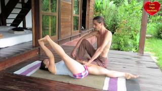 Ashtanga Yoga: Supta Padangushtasana Tutorial