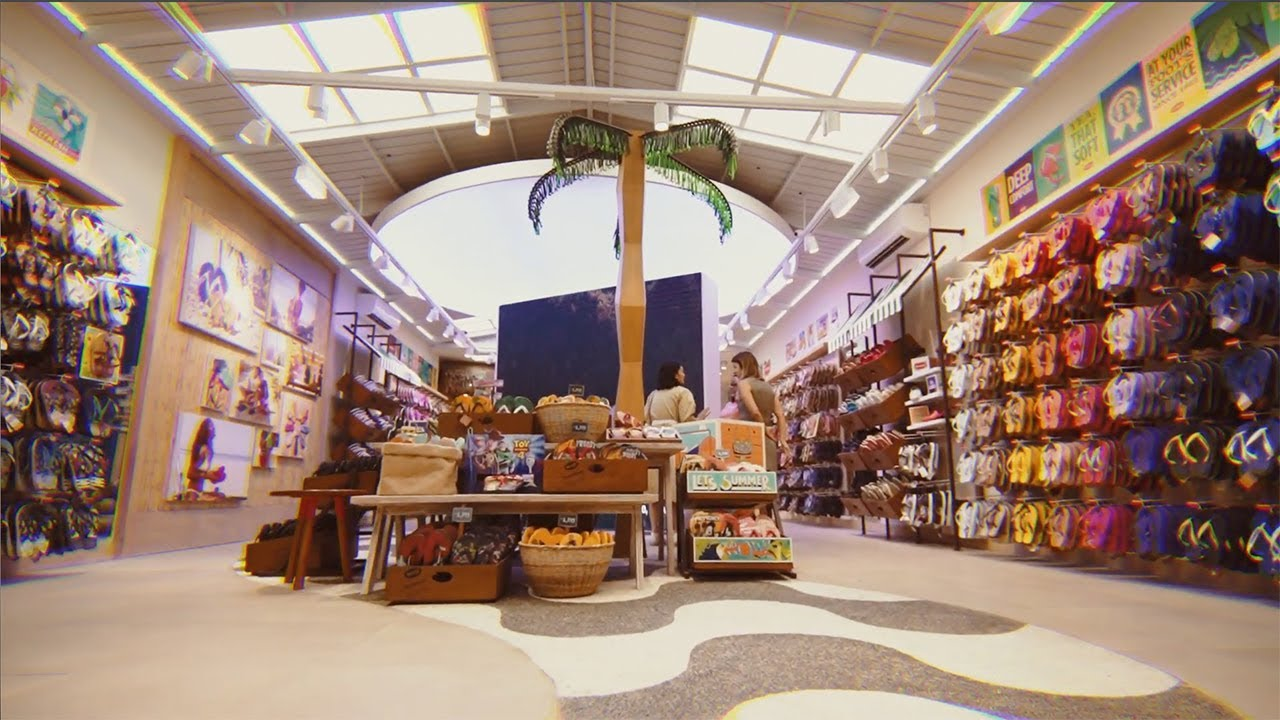 Havaianas Flagship Store Opening - YouTube