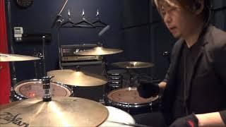 Twitter https://twitter.com/Drums_RyoSuke.