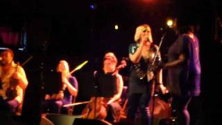 Alice Russell   New Track   Live Acoustic Session Cabaret Sauvage   050910