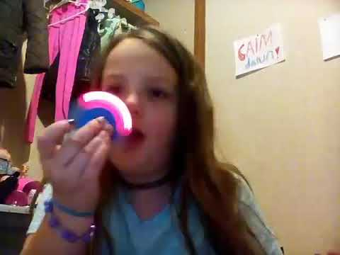 Fitget spinner song by Tiera whitten