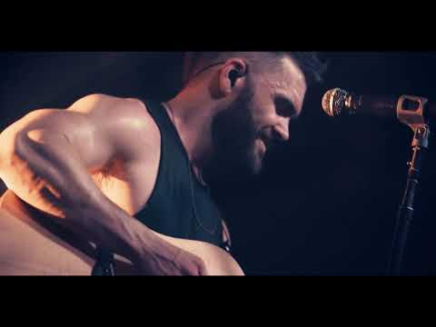 Dylan Scott - Hooked (Official Music Video)из YouTube · Длительность: 2 мин46 с
