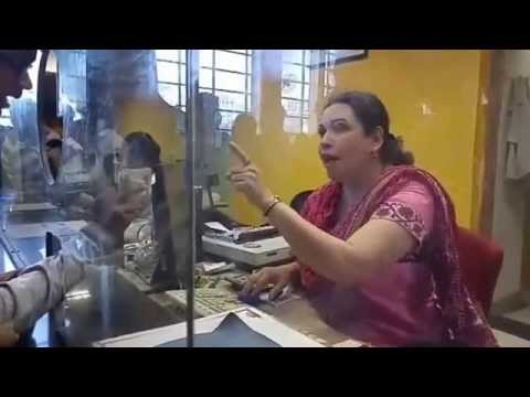 A Heated Argument At The Railway Ticket Counter of Lokmanya Tilak Terminus!