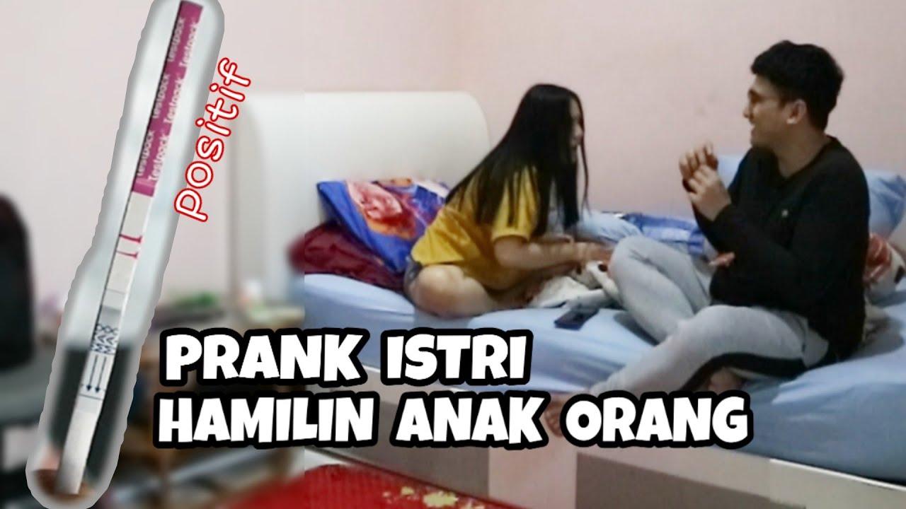 Download PRANK ISTRI SAMPE EMOSI !! BARU MENIKAH UDAH HAMILIN ANAK ORANG !!!