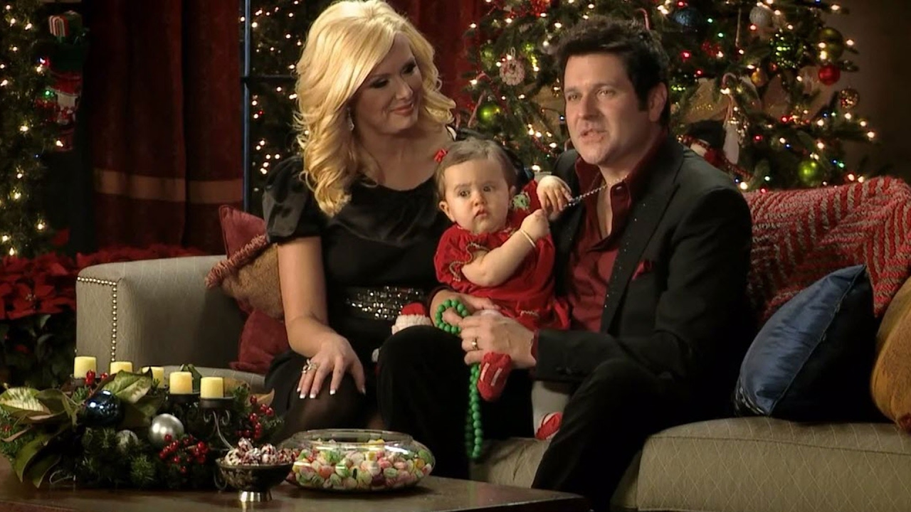 Rascal Flatts | CMA Country Christmas 2011 | CMA - YouTube