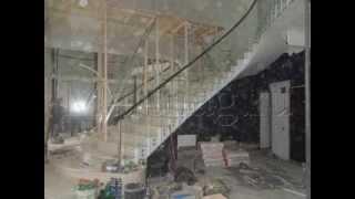 Стеклянные лестницы и перила из стекла от замеров до монтажа (495) 998-73-71(Красивые стеклянные лестницы и ограждения из стекла, а так же облицовка лестниц, ступенями из массива ценны..., 2014-02-27T14:12:54.000Z)