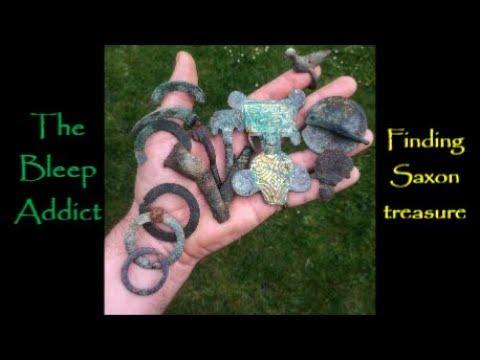 GOLD ! A hand full of Saxon Treasure Metal Detecting
