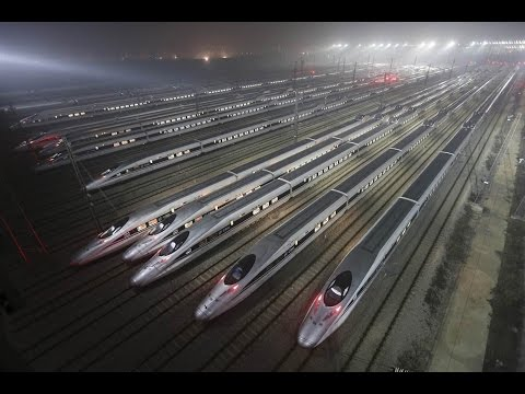 Суперпоезд Сиань - Пекин: скорость 300 км/час. Xi`an - Beijing SuperTrain, China