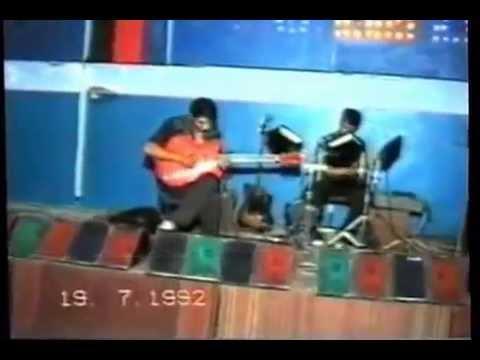 Mahmud gitara Neden saçlarin beyazlanmiş arkadaş Ofelya Şabanova