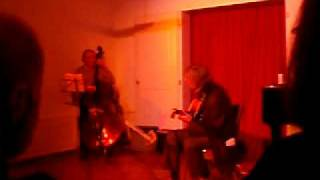CIRCLE (Miles Davis) by Peter Frei/Peter Eigenmann Duo